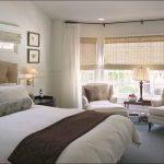 Дизайн спальной комнаты с эркером