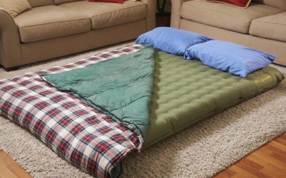 Спать на полу на матрасе