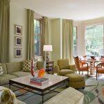 Зеленые и бежевые тона для оформления столовой-гостиной