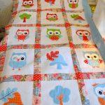 Детское одеяло с совушками ручной работы
