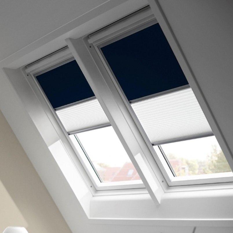 Двойные шторы Velux на мансардных окнах