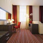 Гардины и шторы в гостиную, совмещенную с кабинетом