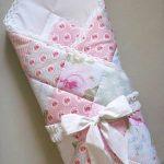 Лоскутное тонкое одеяло на выписку или в кроватку