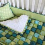 Одеяло бонбон прекрасно смотрится в детской