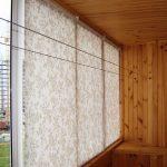 Отделка балкона деревянными рейками