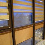 """Рулонные шторы """"Зебра"""" отлично смотрятся на балконе"""