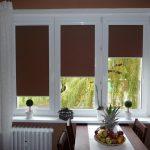 Кассетные шторы блэкаут коричневого цвета