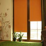 Оранжевые штору рулонной конструкции