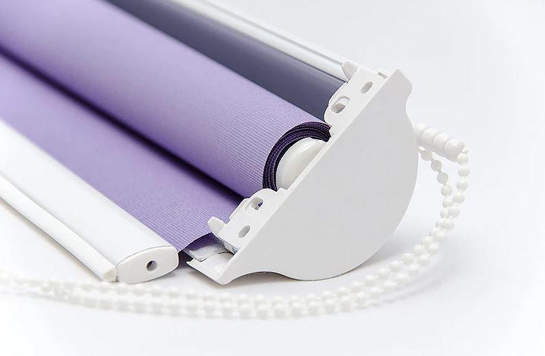 Внешний вид рулонной шторы кассетного типа