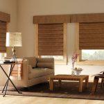 Тканевые римские шторы в гостиную