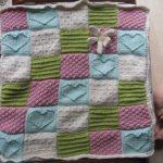 Вязанное лоскутное одеяло для малыша