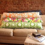 Диванные подушки необычной формы - длинные и невысокие