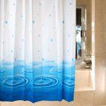 Мятая шторка в ванной комнате