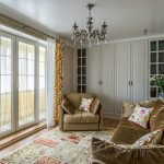 Дизайн маленького зала с панорамным окном