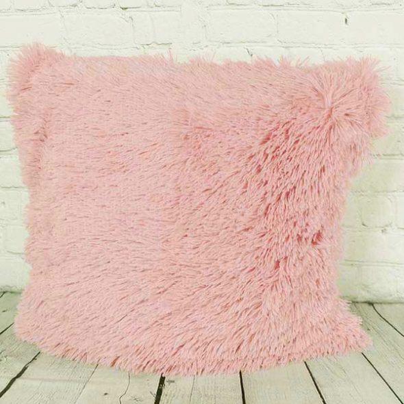Меховая подушка