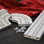 Пластиковые шины потолочного карниза для штор