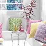 Красивые декоративные подушки для английского интерьера