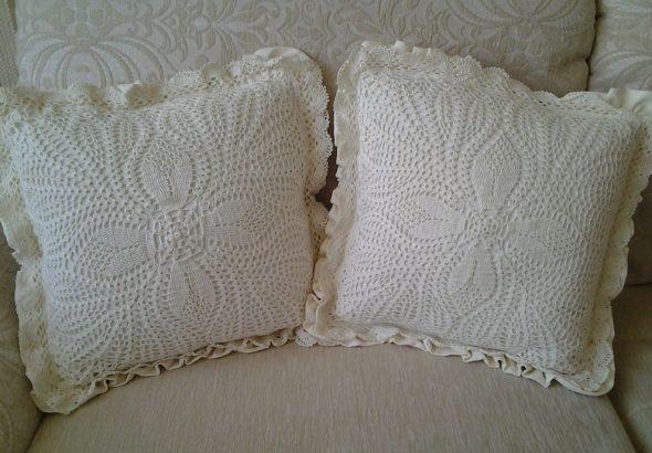 Вязанная подушка прованс