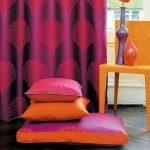 Набор напольных подушек разного размера