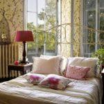 Подушки для декора в спальне прованс