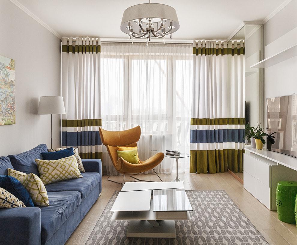 Занавески на люверсах в современной гостиной