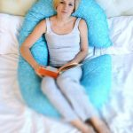 Удобная подушка из синтепуха для беременных