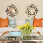 Вариант симметричного расположения декоративных элементов