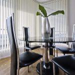 Офисные стулья с высокими спинками