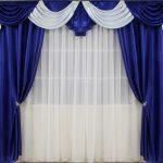 Бело-синие шторы с ламбрекеном