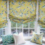 Цветочные римские шторы на три окна на липучке