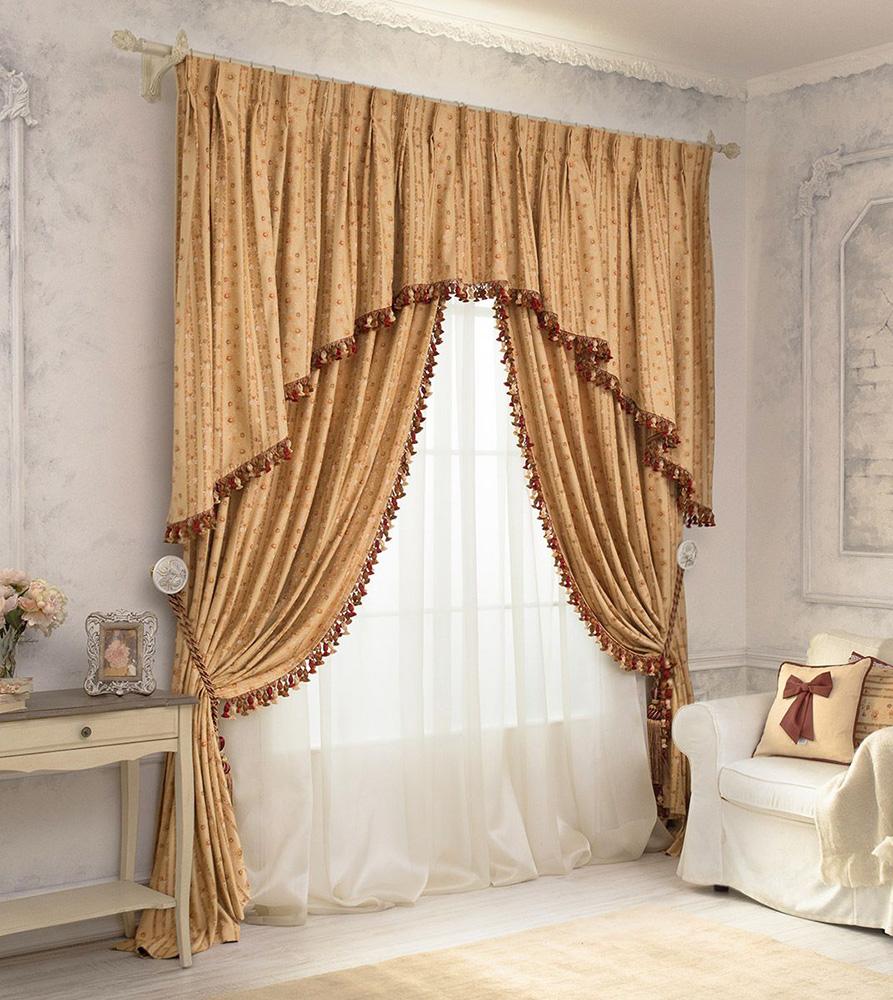 Дизайн занавесок в светлой гостиной
