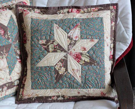 Декоративная стеганная подушка