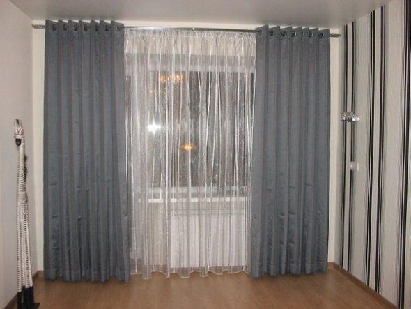 Эти шторы отличаются наличием петель или колец