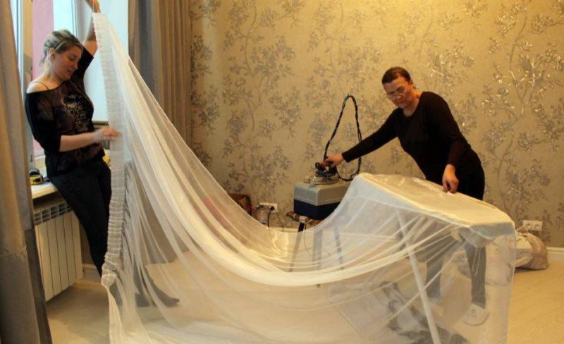 Глажка длинного тюля в домашних условиях