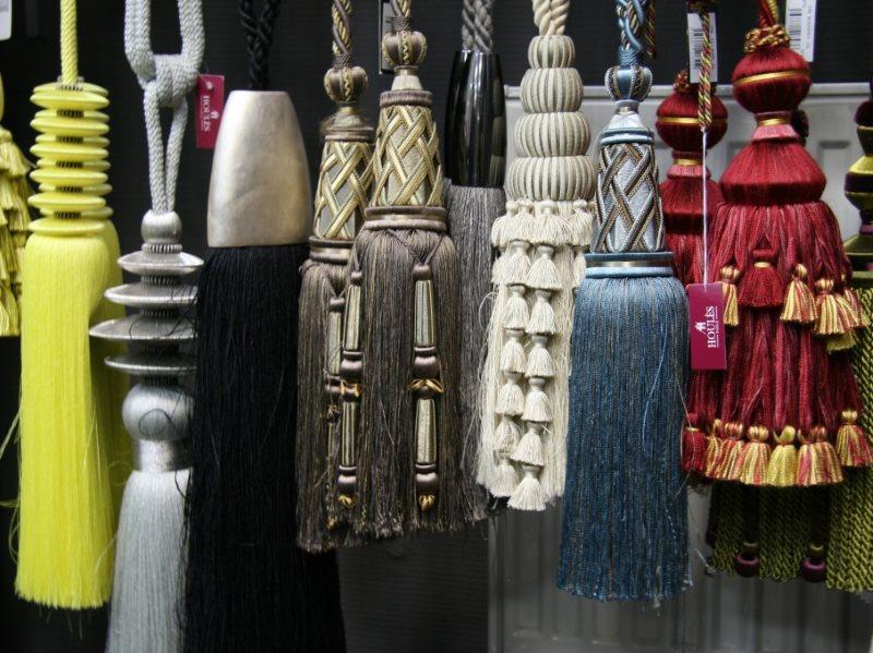 Разнообразие кистей для декорирования штор