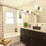 Мебель классического стиля в ванной комнате