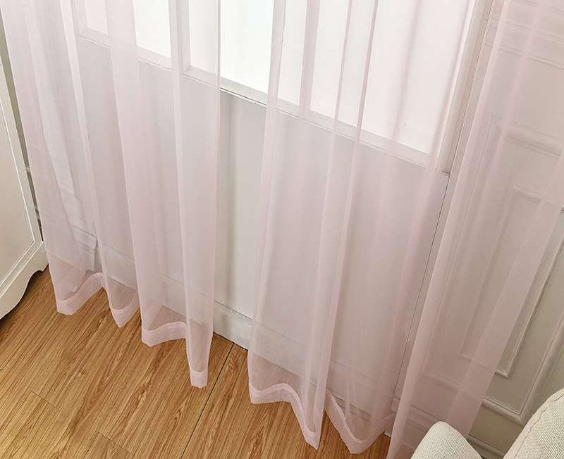 Прозрачная занавеска из тюля с оттенком