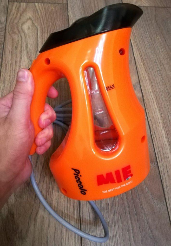 Оранжевый корпус ручного отпаривателя MIE Piccolo