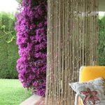 Веревочная шторка на веранде частного дома