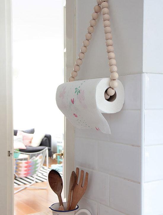 держатель для бумажных полотенец из бус