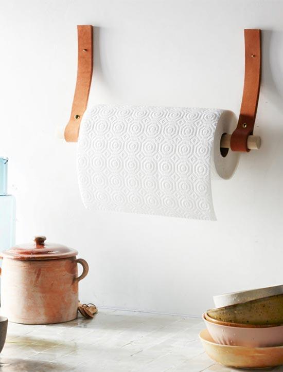 держатель для бумажных полотенец из ремней