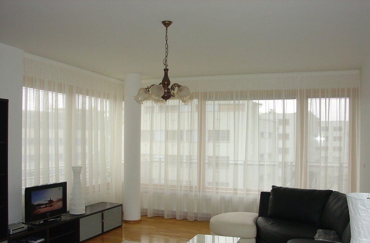шторы из органзы в гостиную