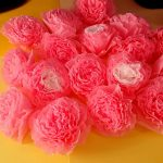 розы из бумажных салфеток дизайн идеи