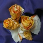 розы из бумажных салфеток фото варианты