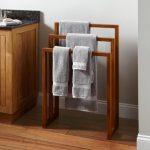 вешалка для полотенец в ванную дизайн интерьера