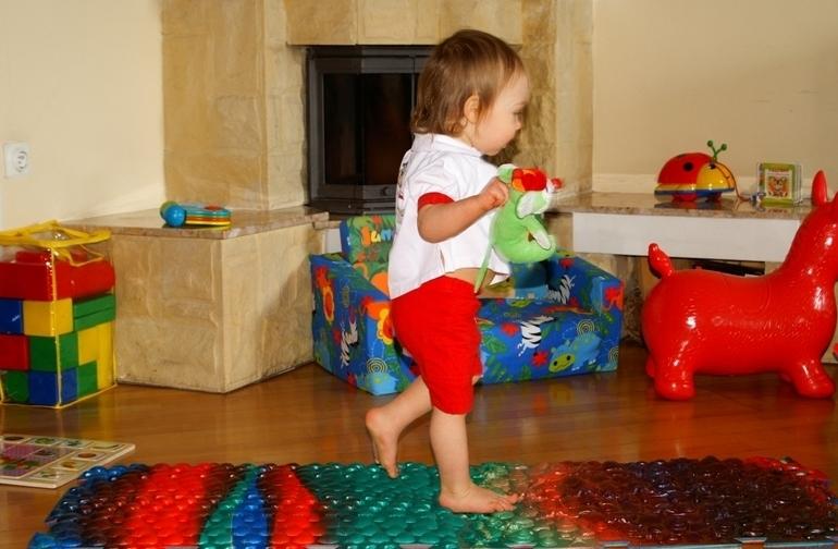 детский массажный коврик фото оформление