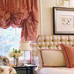 Красивые воланы на шторе в спальне