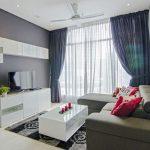 Белая мебель с глянцевыми фасадами