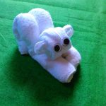 игрушки из полотенца котенок