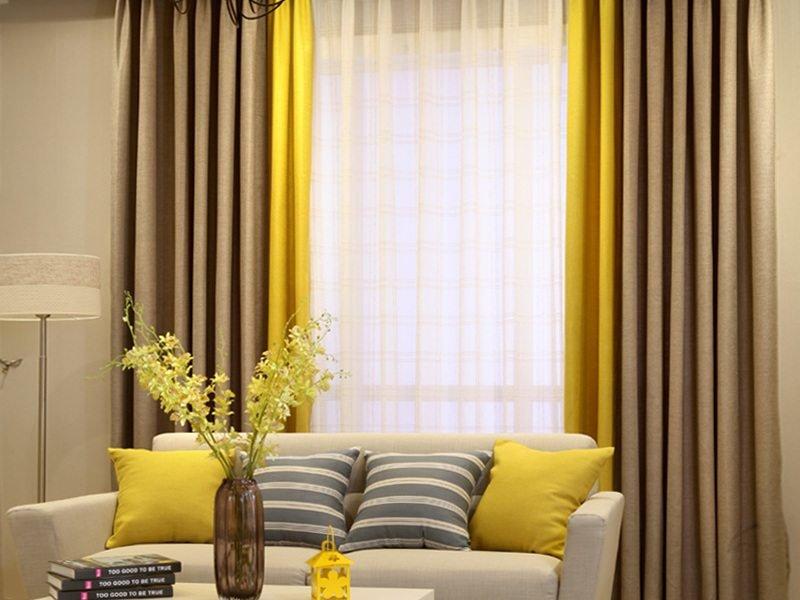 Двойные шторы контрастной расцветки